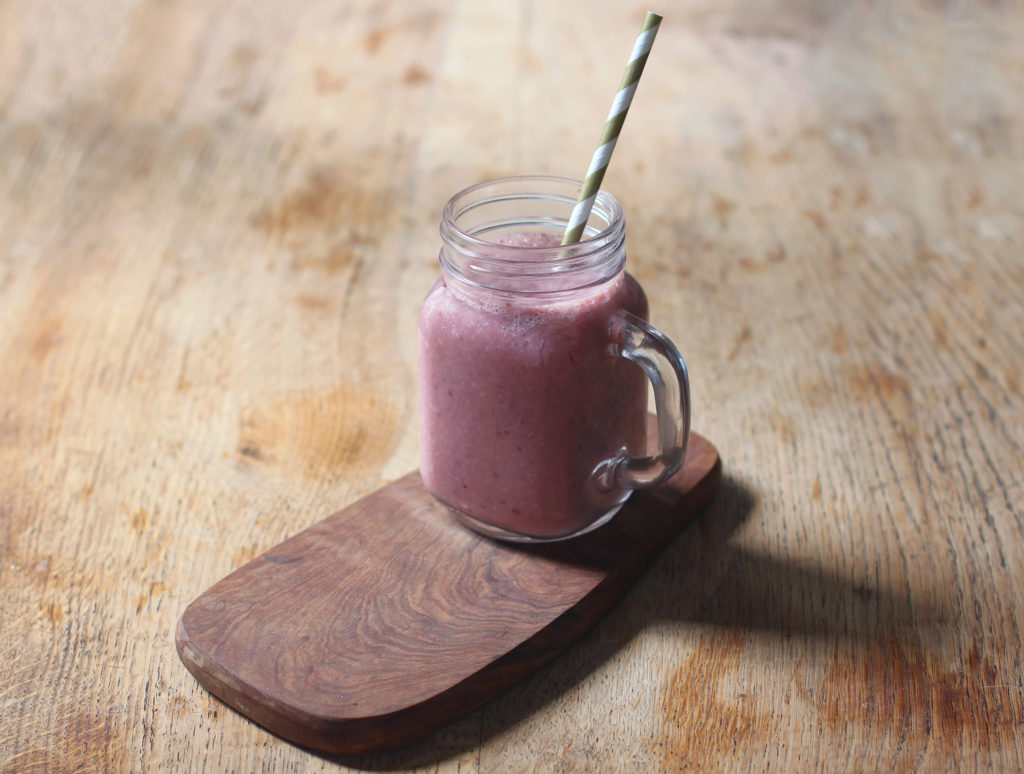 cherry, banana and nectarine smoothie