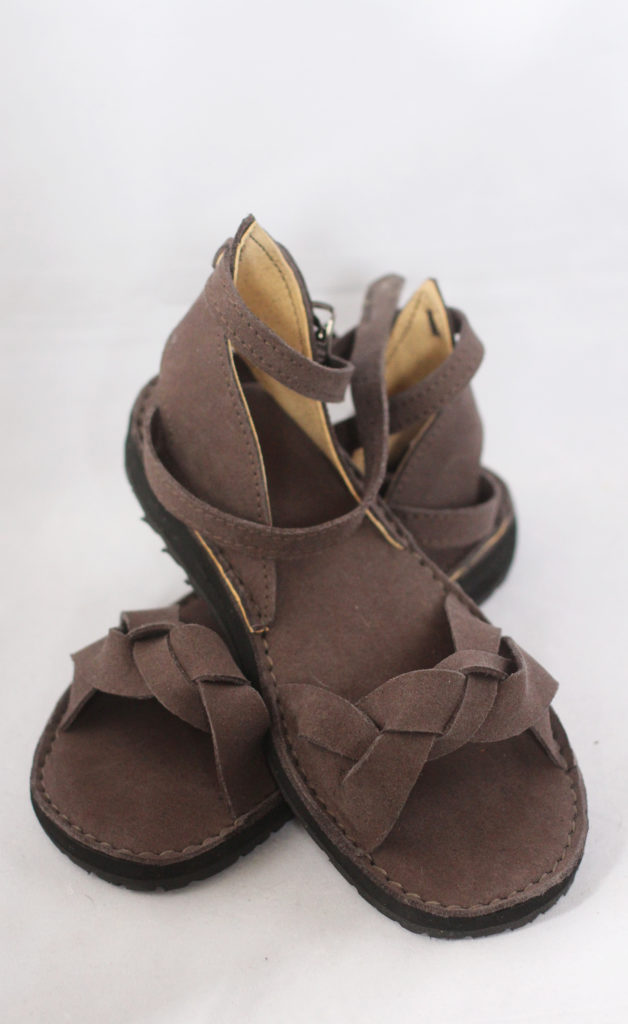 vegan shoes made using lorica